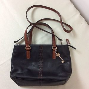 FoSSIL Pebbled Leather Black Shoulder Bag